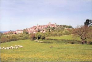 Modern Vézelay from a distance